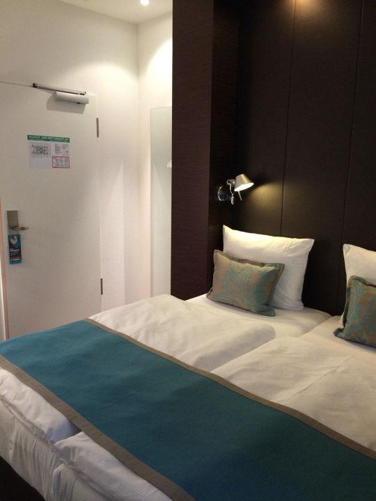 Bild aussicht zimmer 1262 zu motel one m nchen city s d for Motel one zimmer