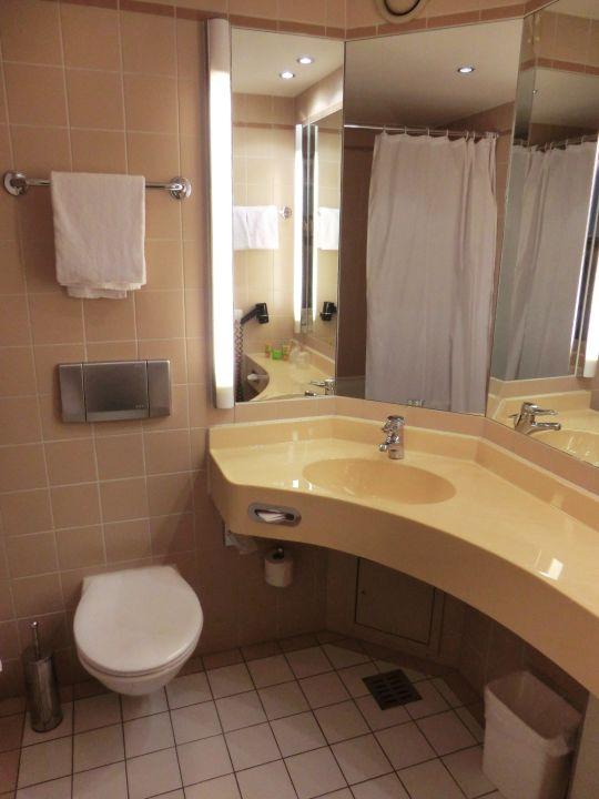 Badezimmer pentahotel berlin potsdam teltow for Badezimmer berlin