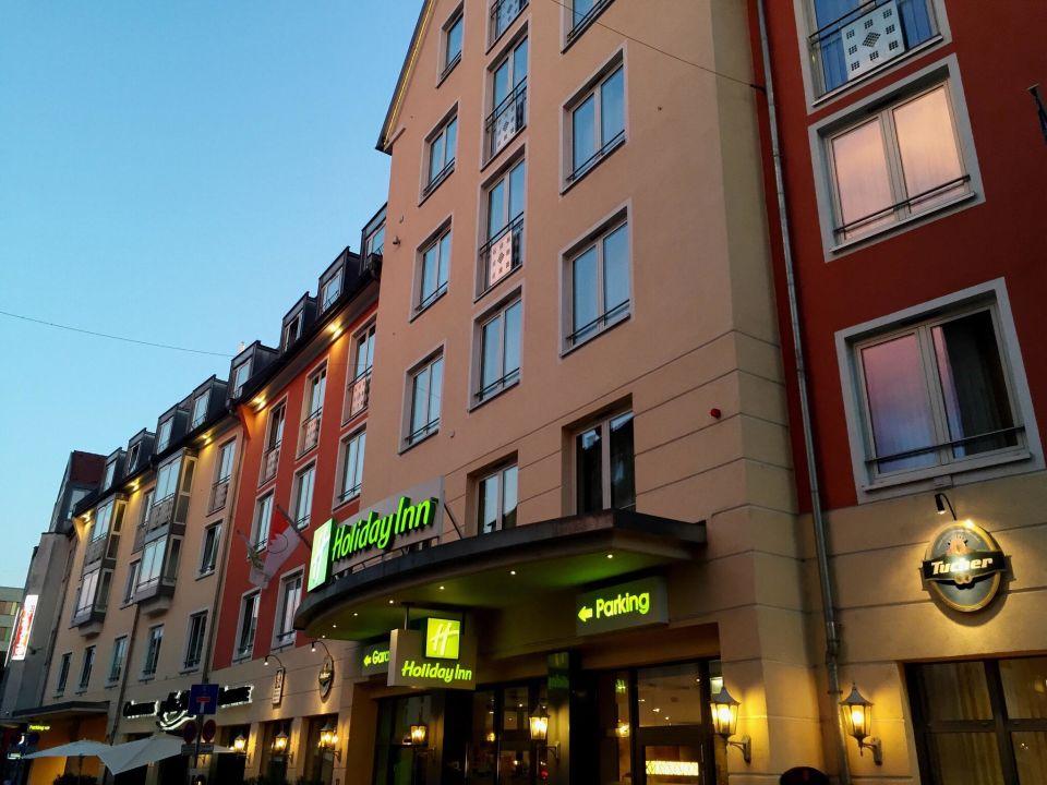Aussenansicht Hotel Holiday Inn Nürnberg City Centre