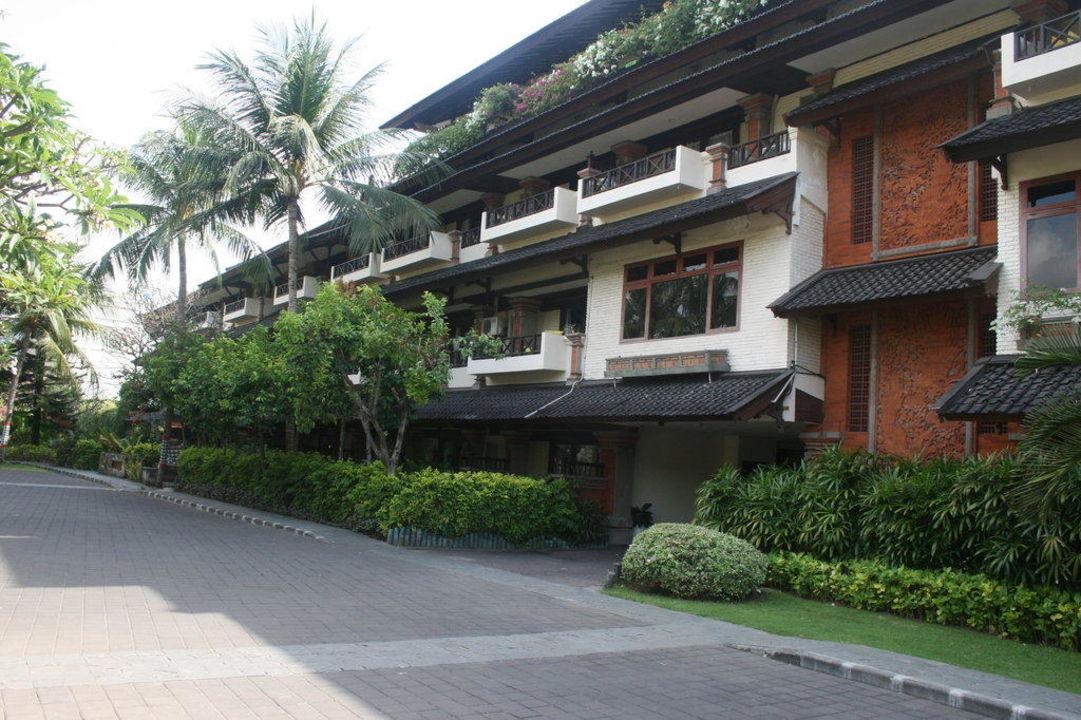 Haupthaus Legian Beach Hotel
