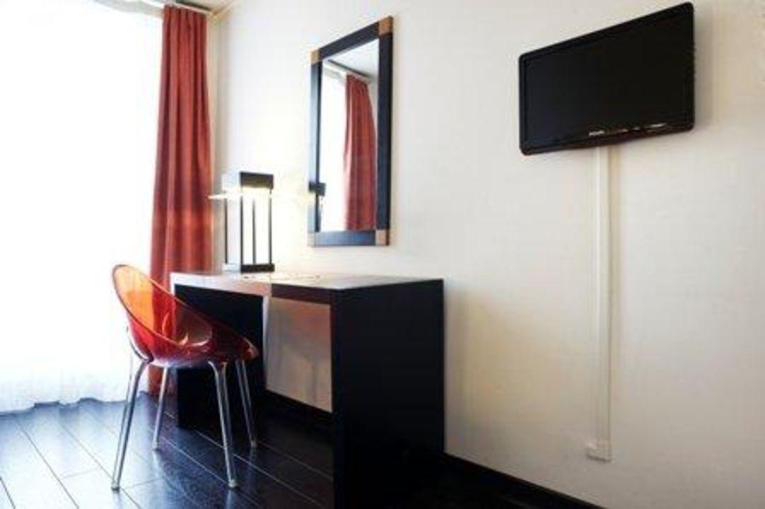 Chambres avec bureau Saint Charles\