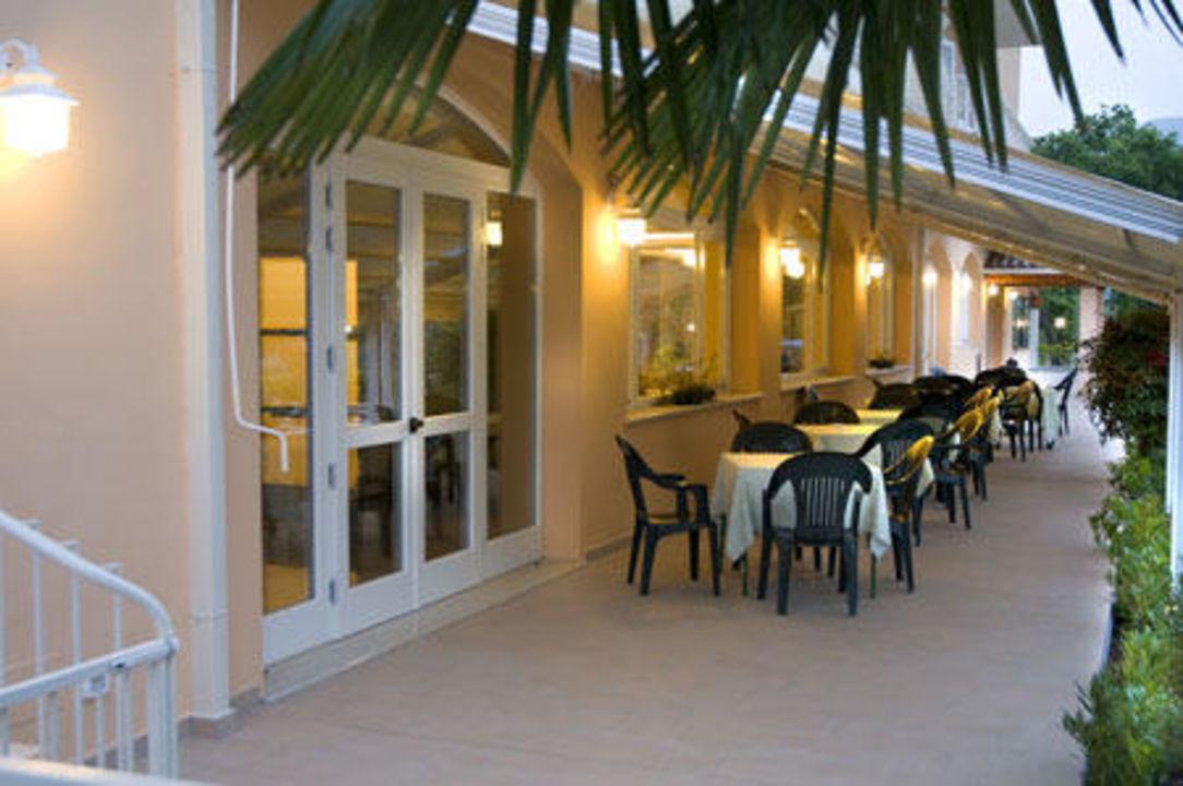 Tavoli esterni Hotel Panoramica