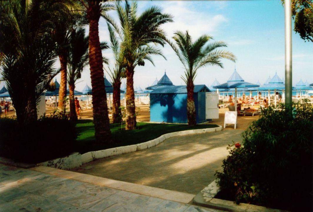 Zum Strand The Grand Hotel Hurghada