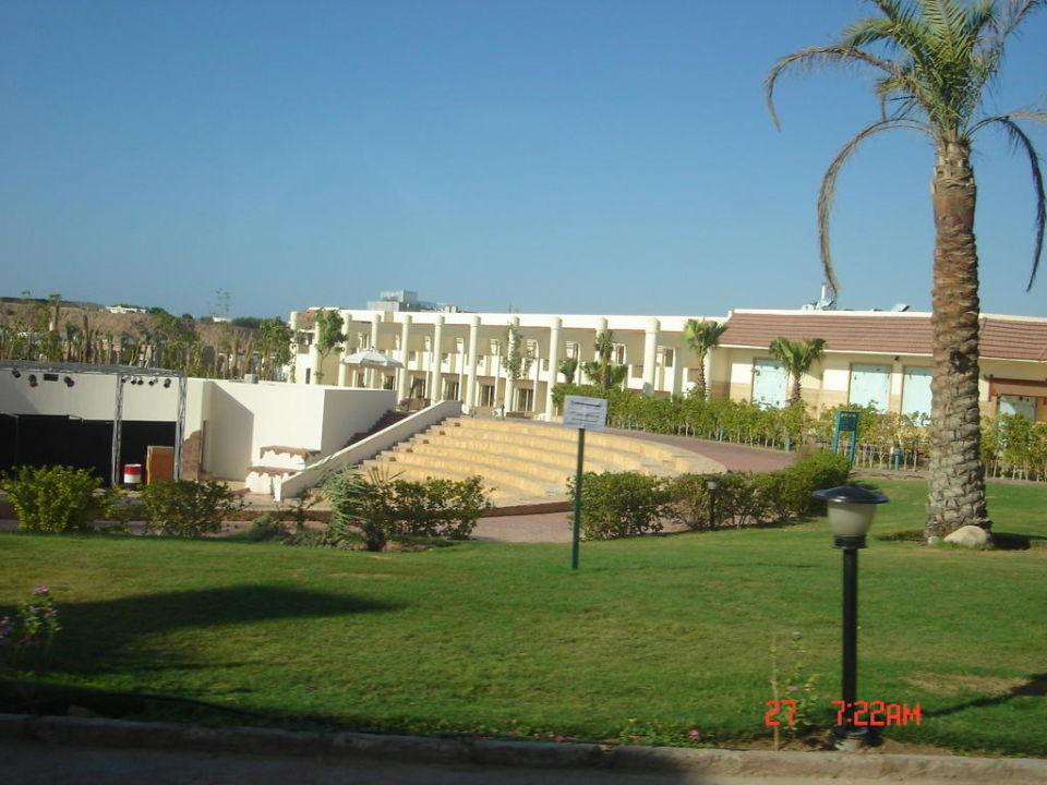 Amfiteatr Hotel Xperience Kiroseiz Parkland