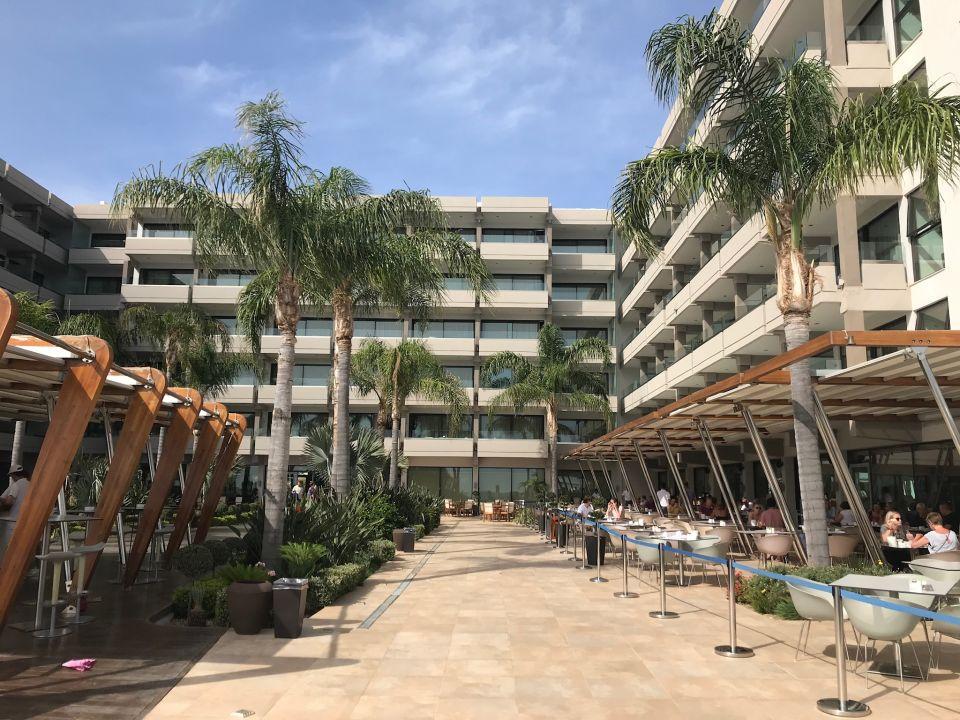 Außenansicht Hotel Alimounda Mare