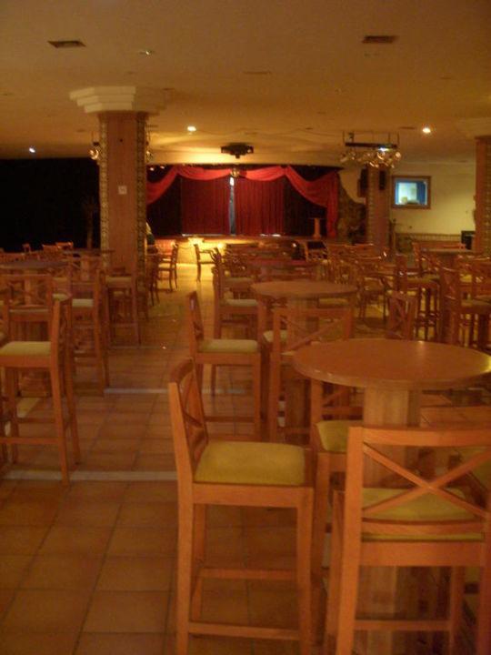 Theater (Ort der Abendanimation) Hotel Royal Suite