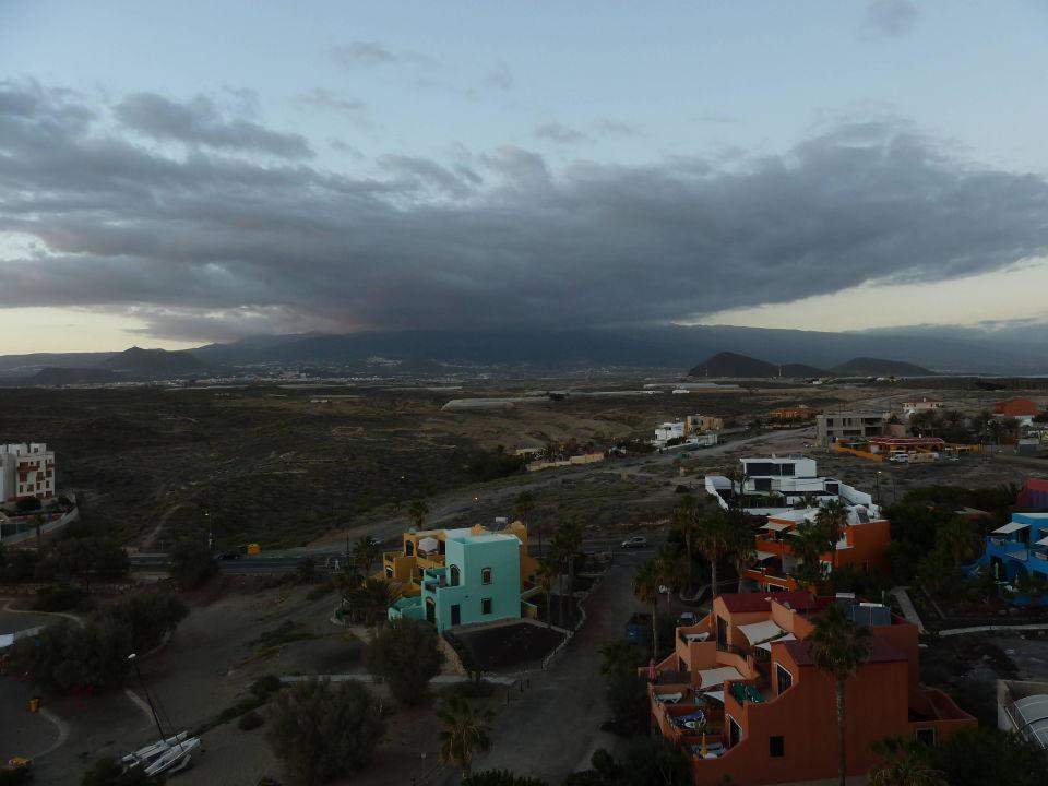 Blick vom Hoteldach Richtung Teide Kn Arenas del Mar Hotel