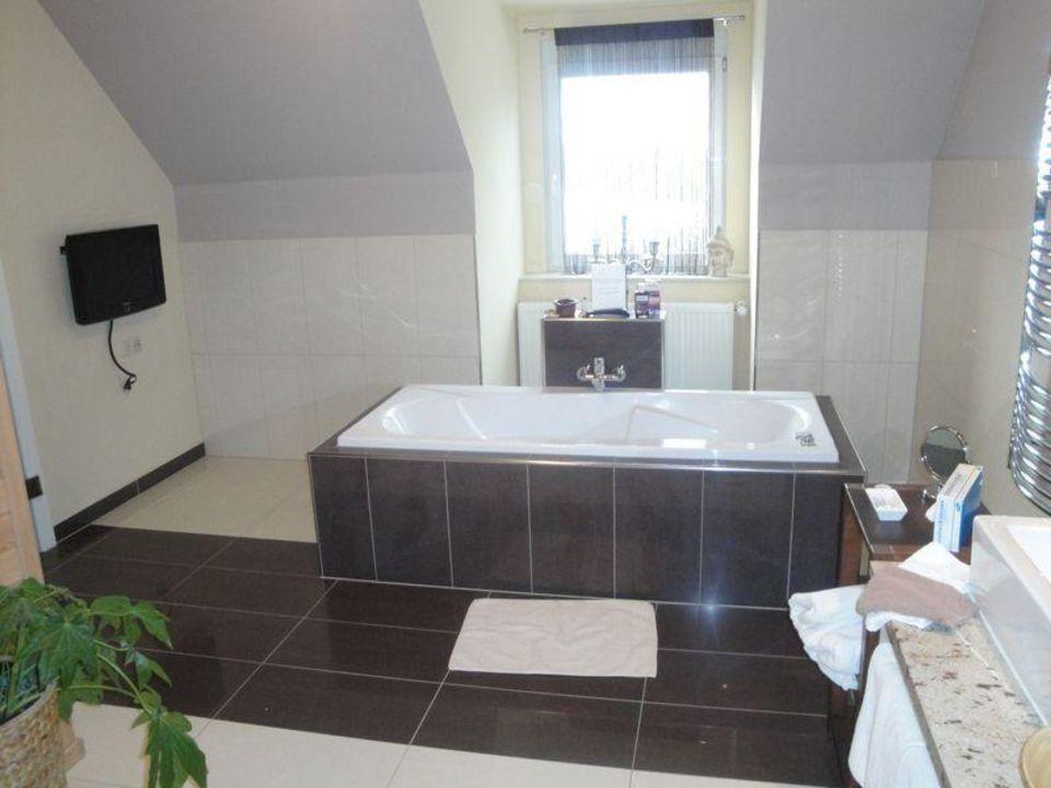 Badezimmer / Whirlpool Hotel Garni Loipenhof