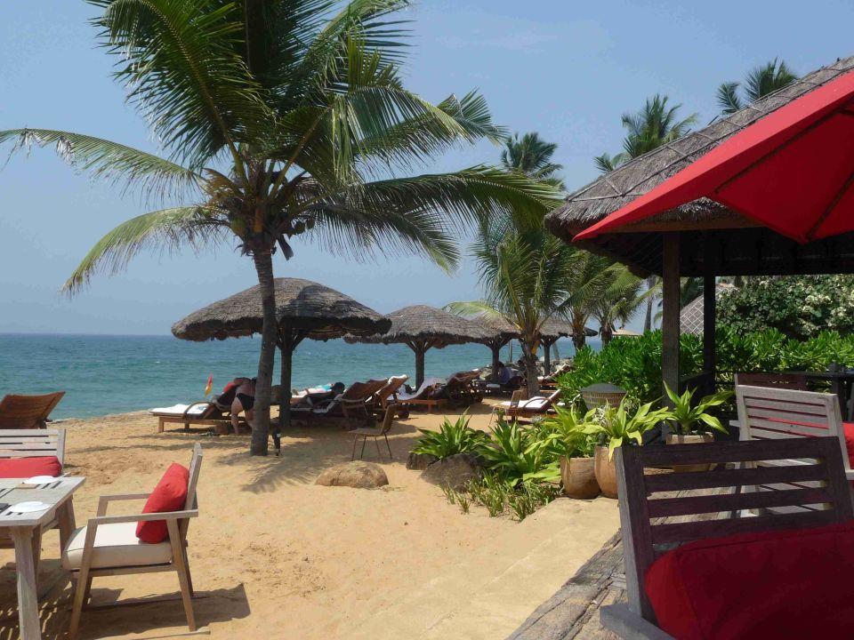 Strandrestaurant, leider etwas teuer Hotel Vivanta by Taj Kovalam