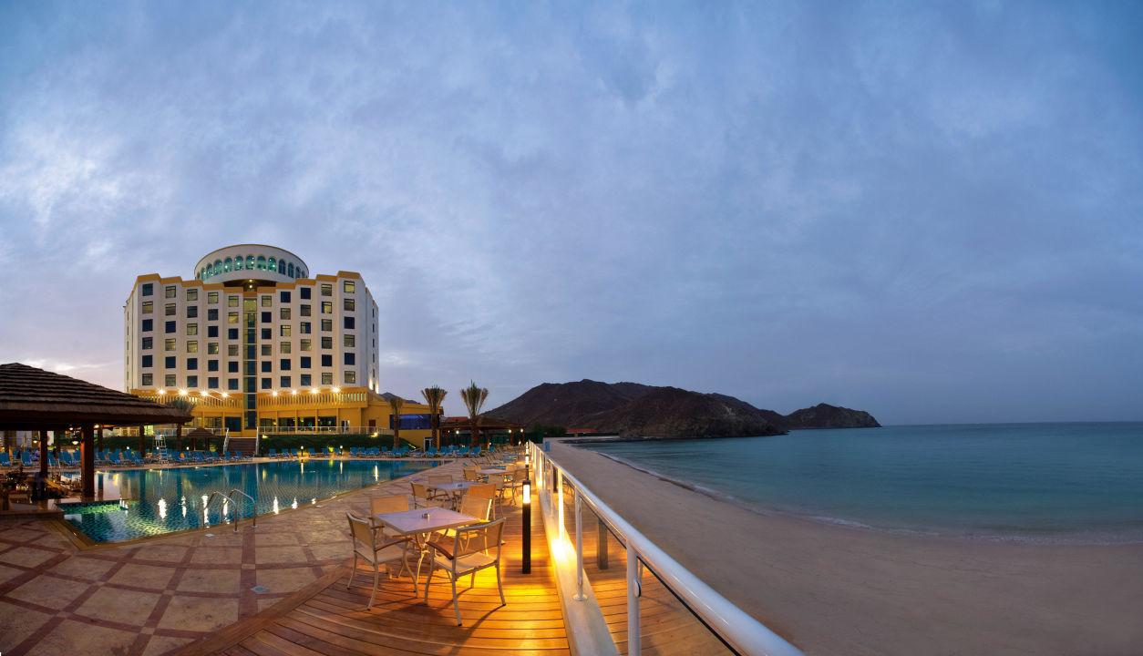 Oceanic Khorfakkan Resort & Spa - Sunset View Oceanic Khorfakkan Resort & Spa