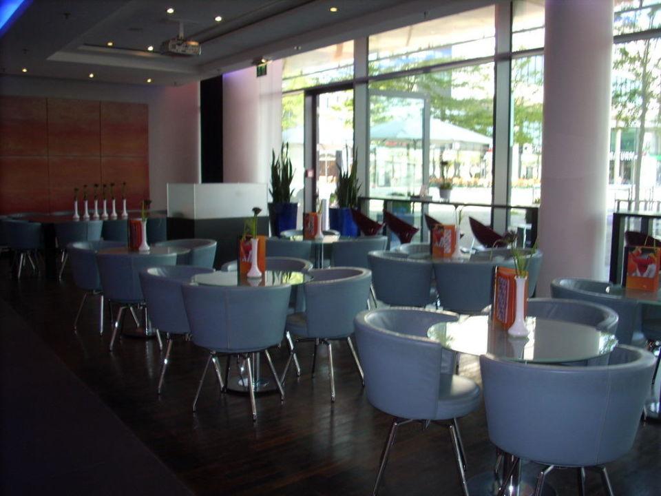 Teil der Bar  Hotel Novotel München Messe