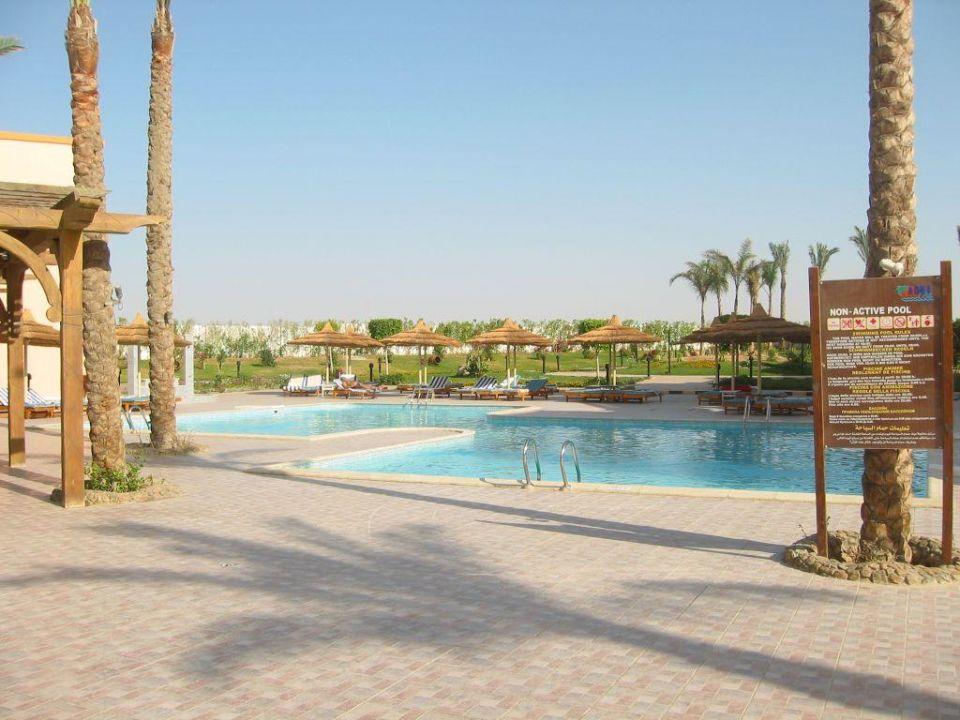 Pool SunConnect Aqua Blu Resort