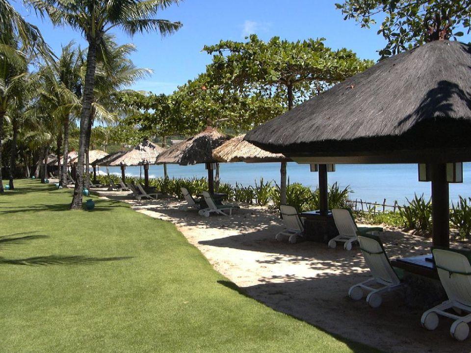 Garten und Strand des Interconti Resort InterContinental Bali Resort
