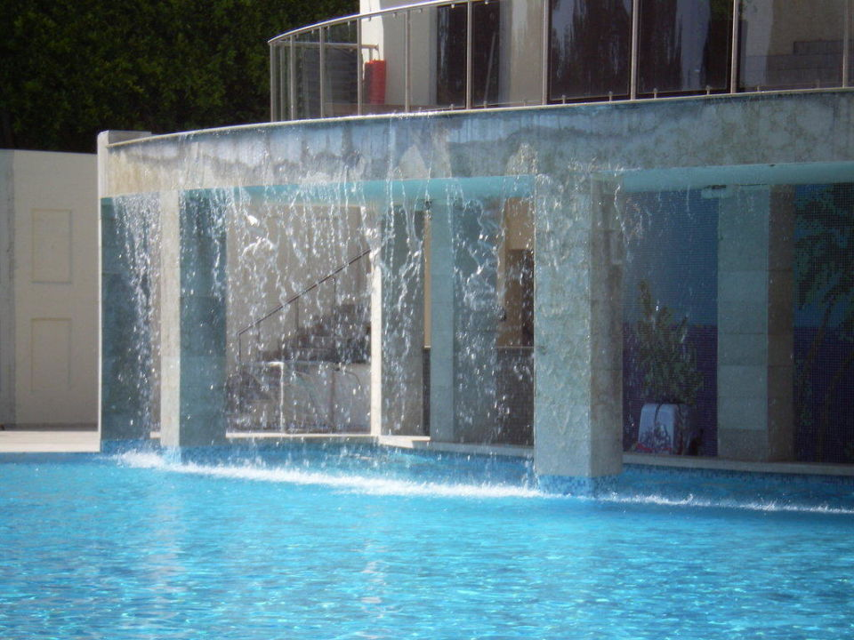 Captivating Der Wasserfall Im Pool Hotel Alara Star Awesome Ideas
