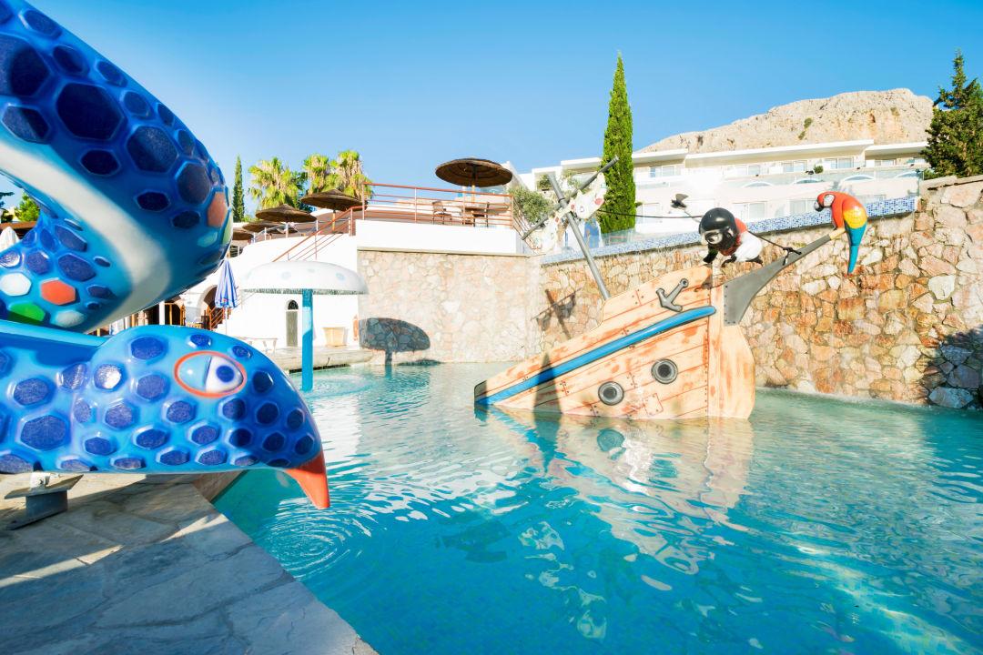 Bild Kids Pool With Slides Zu Porto Angeli Beach Resort Hotel In Archangelos