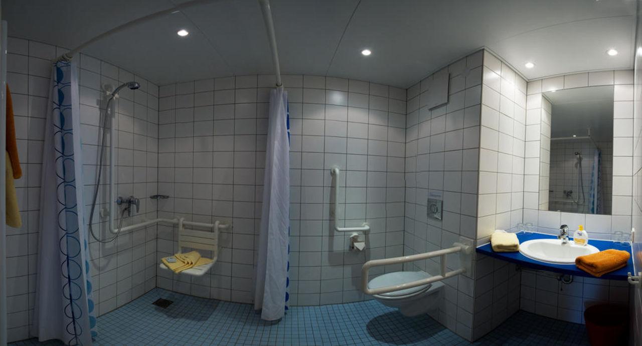 """bild """"barrierefreies badezimmer"""" zu seehörnle hotel & gasthaus in"""