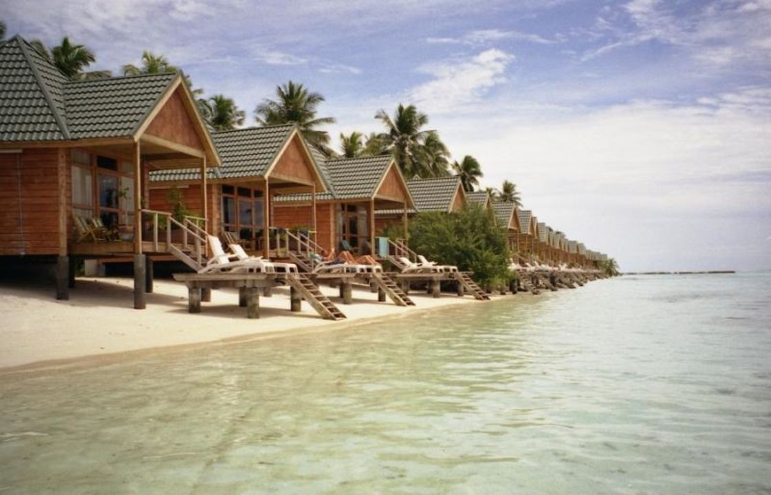 wasserbungalows meeru island resort spa thulusdhoo holidaycheck kaafu atoll malediven. Black Bedroom Furniture Sets. Home Design Ideas