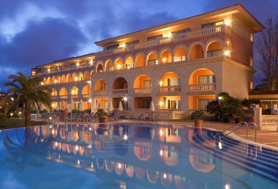 Quot Piscina Quot Hotel Pure Salt Port Adriano In Port Adriano