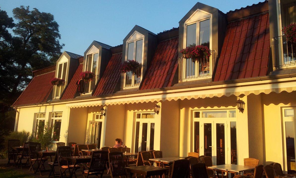 Hotel mit Terrasse\