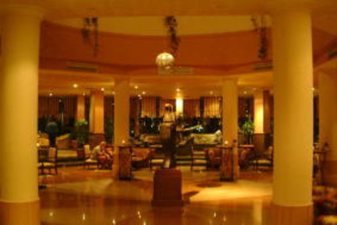 Lobby Golden Beach Resort