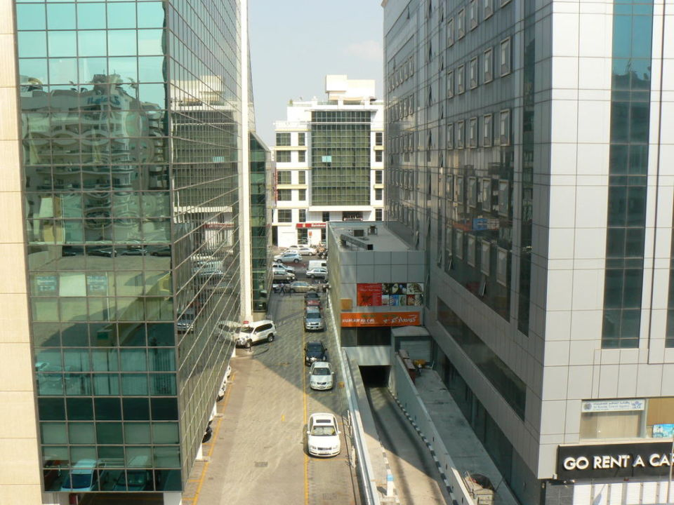 Blick vom Balkon Royal Ascot Hotel Apartment