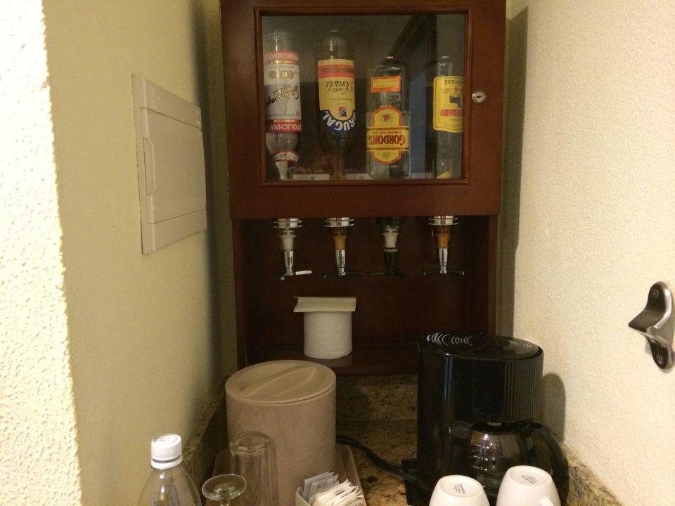 Minibar Mit Kühlschrank : Finebuy mini kühlschrank liter minibar schwarz u haus design