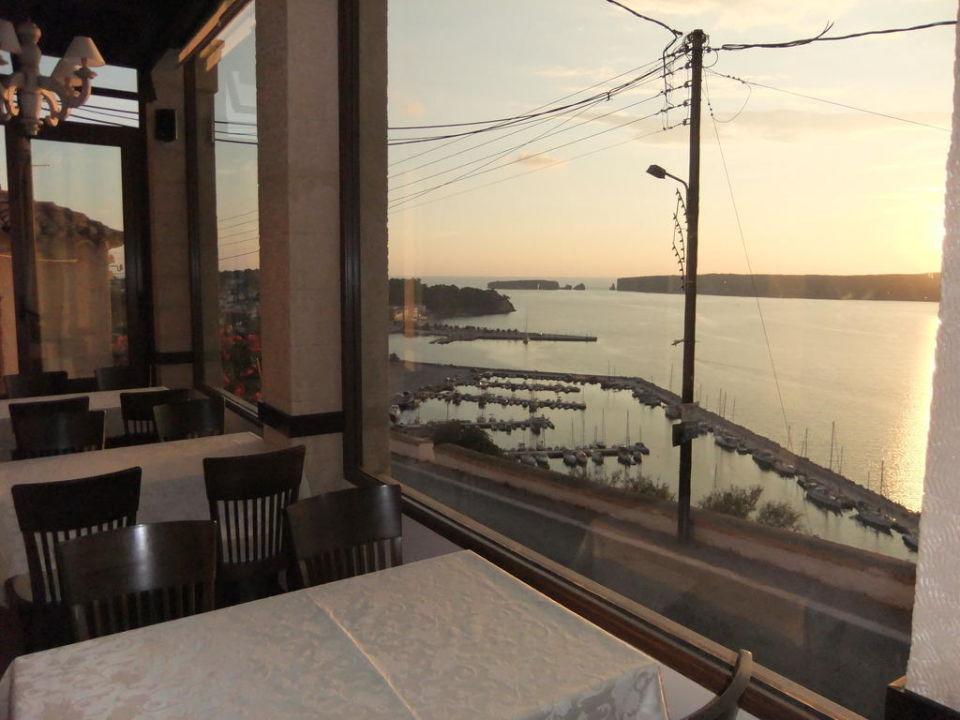 Der Hafen Pylos aus dem Restaurant Hotel Philip