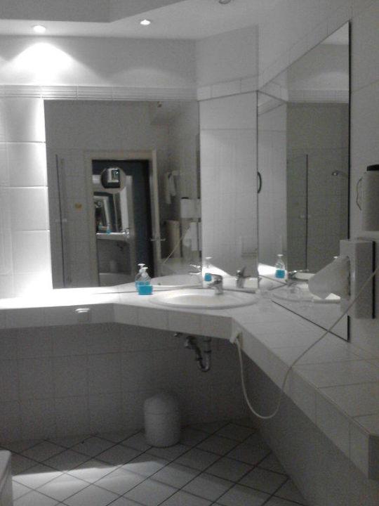 Das Badezimmer\