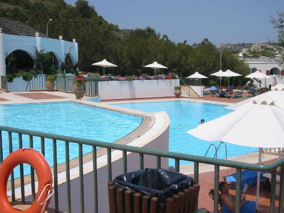 Esperos Village - großer und kleiner Pool Esperos Village Blue & Spa