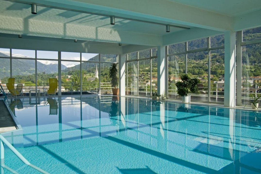 pool auf dem dach vergeiner 39 s hotel traube lienz lienz holidaycheck tirol sterreich. Black Bedroom Furniture Sets. Home Design Ideas