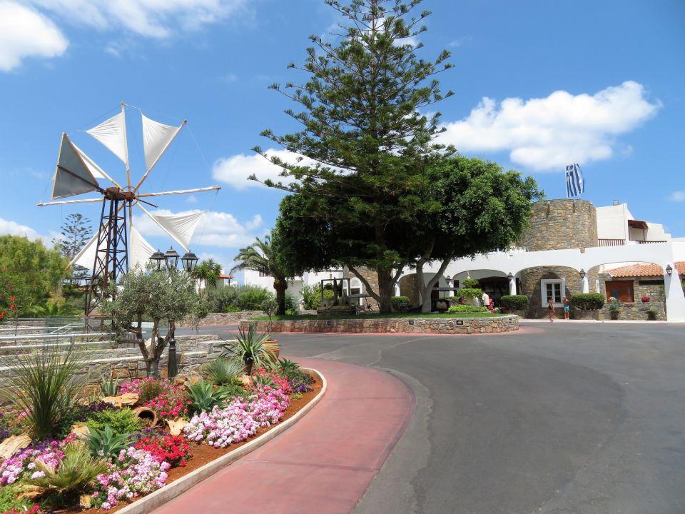 Alexander Beach Hotel And Village Video