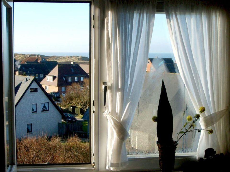 ausblick aus dem fenster villa mannstedt wenningstedt braderup sylt holidaycheck. Black Bedroom Furniture Sets. Home Design Ideas