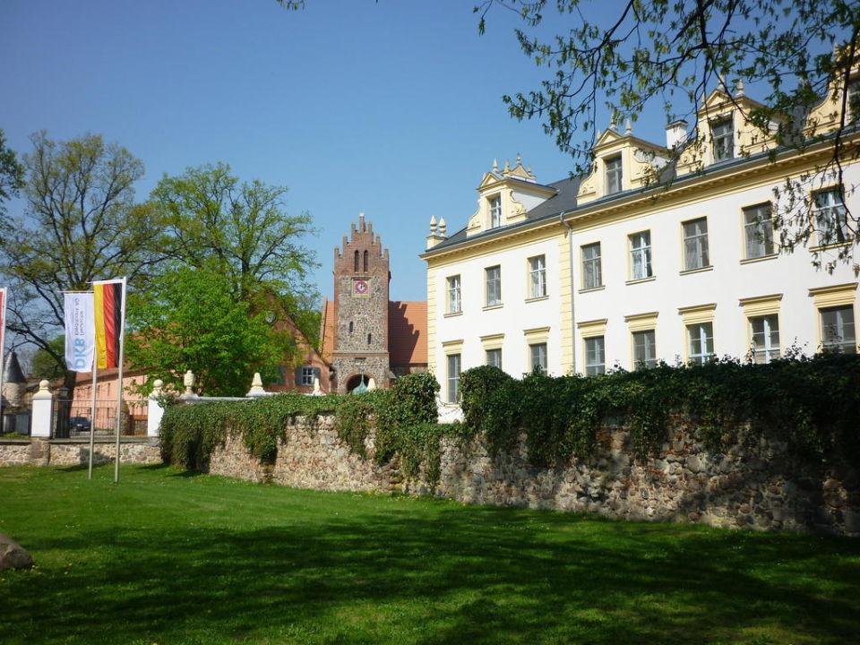 Außenansicht Schloss & Gut Liebenberg