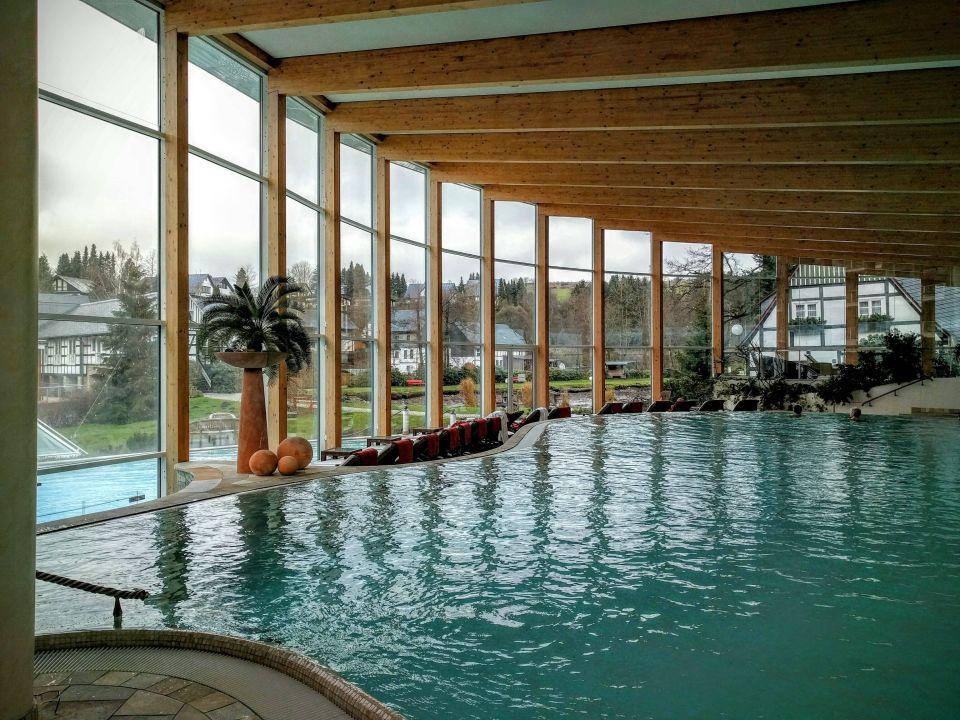 schwimmbad romantik wellnesshotel deimann schmallenberg holidaycheck nordrhein. Black Bedroom Furniture Sets. Home Design Ideas