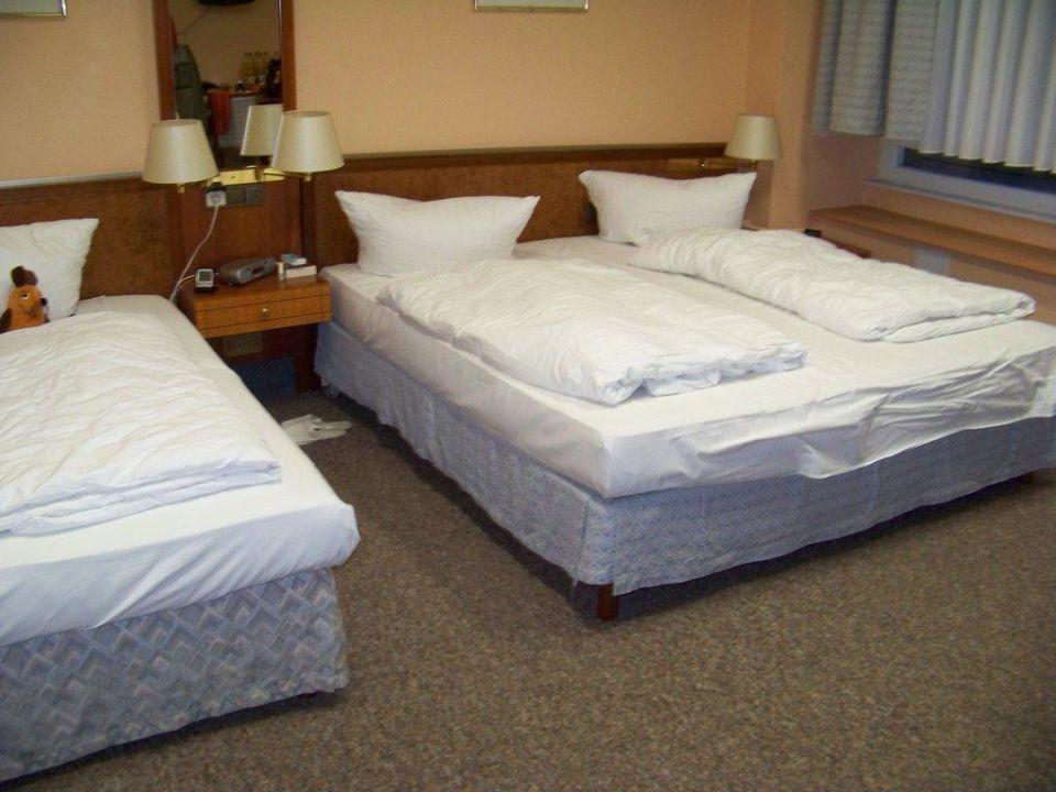 "3-bett zimmer"" hotel potsdamer hof in berlin-mitte • holidaycheck, Hause deko"