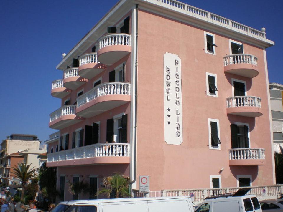 Hotelansicht, Lieferverkehr Hotel Piccolo Lido