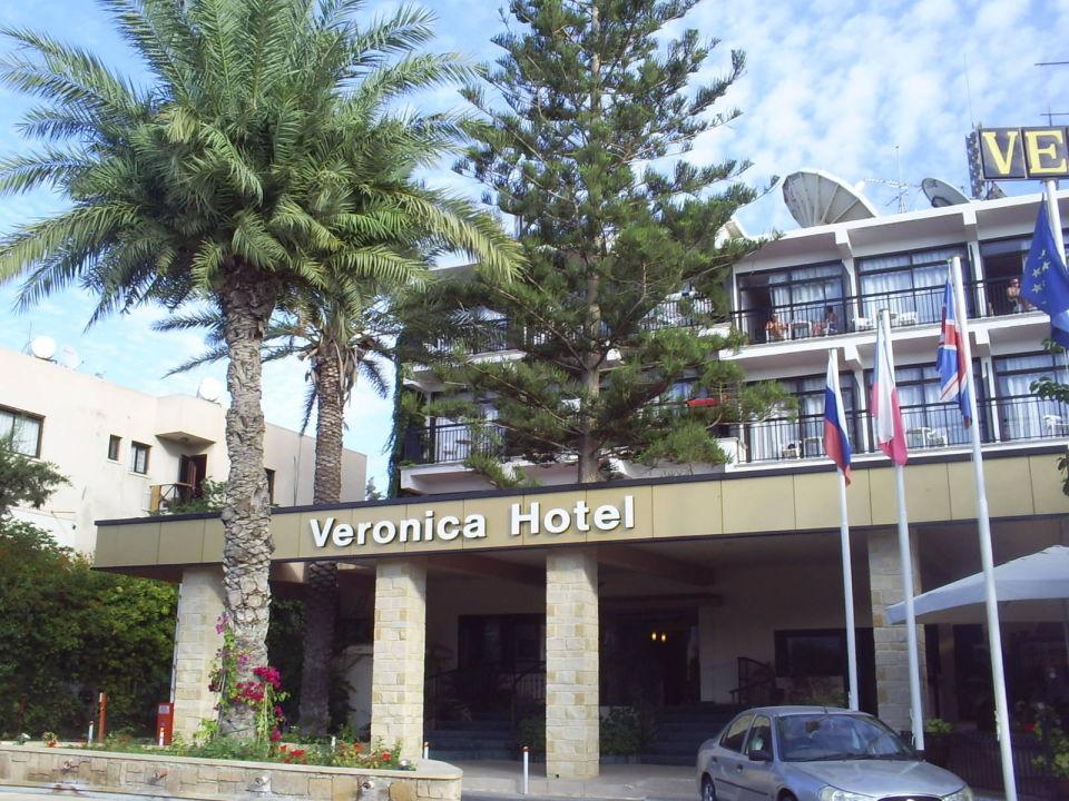 Widok Z Ulicy Hotel Veronica Paphos Holidaycheck Sudzypern