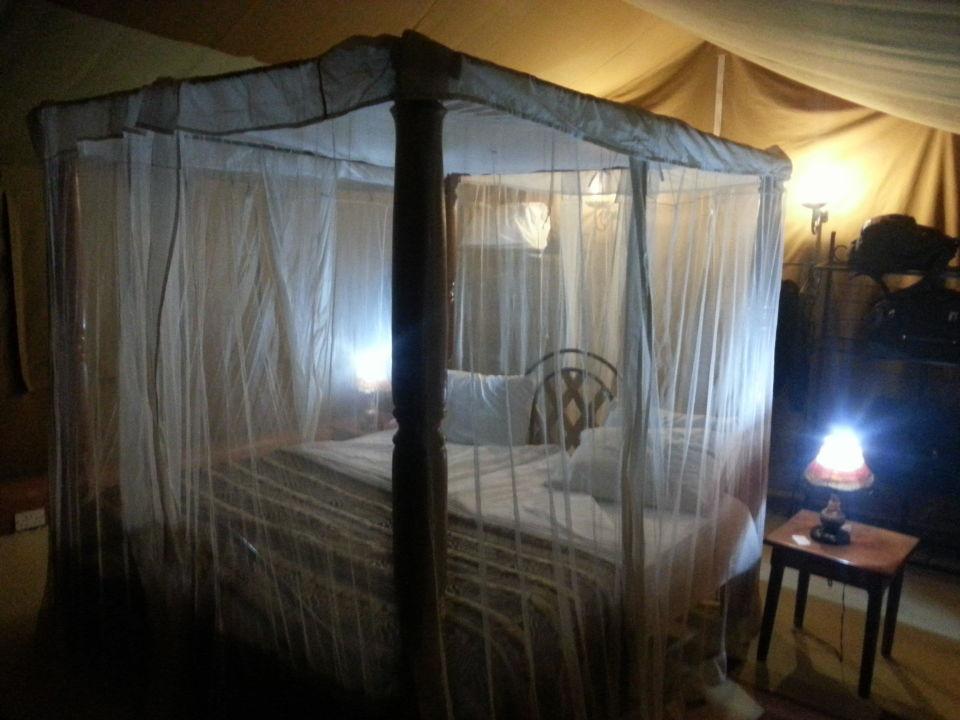 Letto Con Zanzariera : Un lussuoso letto a baldacchino con zanzariera hotel balinese