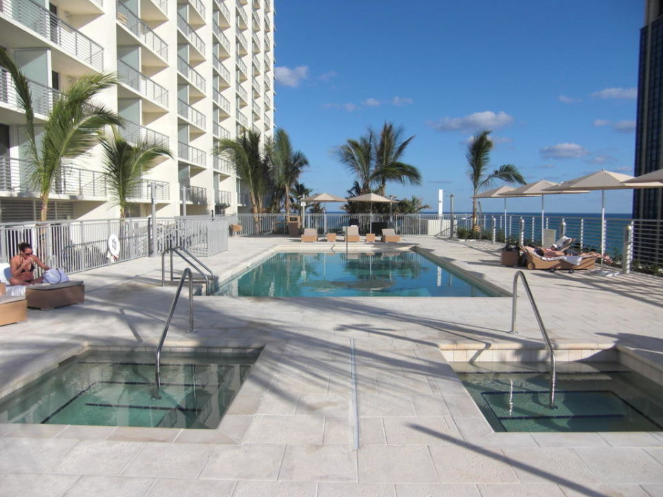2 Poolanlage Grand Beach Hotel Miami Beach Holidaycheck
