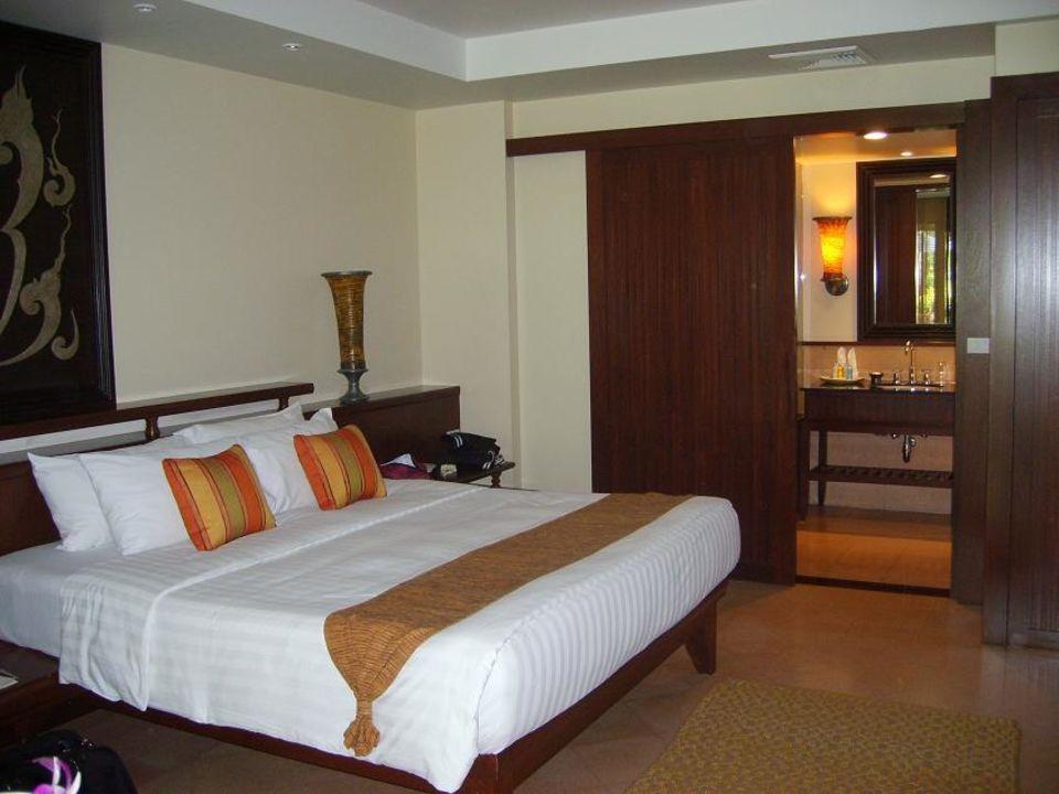 Schlafbereich Gartenvilla Mövenpick Resort & Spa Karon Beach Phuket