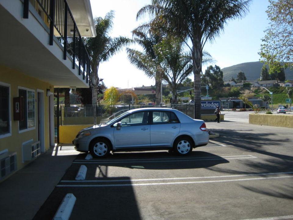 Parklatz/Hotel Lotus of Lompoc - A Great Hospitality Inn