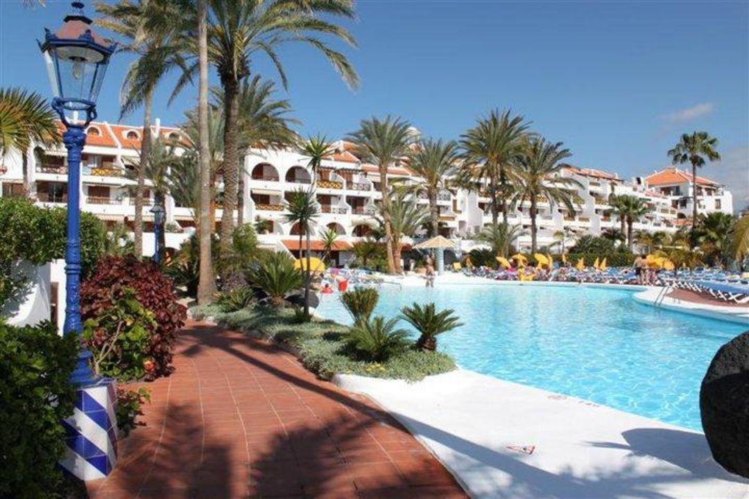 Pool apartamentos parque santiago 3 playa de las americas holidaycheck teneriffa spanien - Apartamentos parque santiago ...
