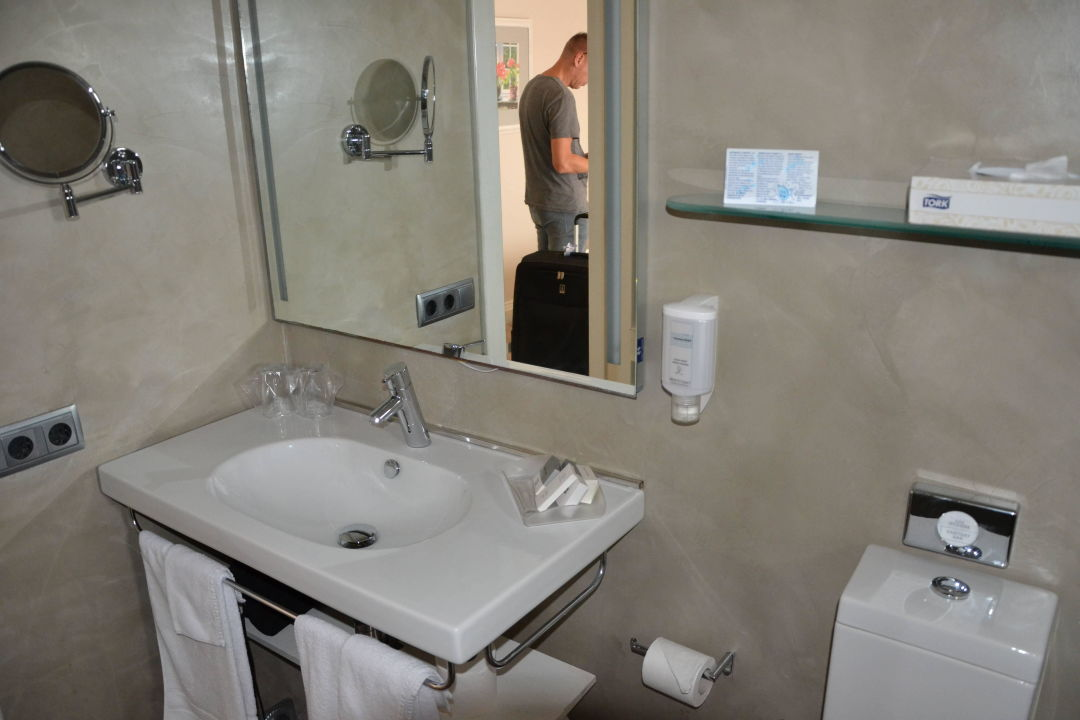 Bad hotel el coto colonia sant jordi holidaycheck mallorca spanien - Hotel el coto mallorca ...