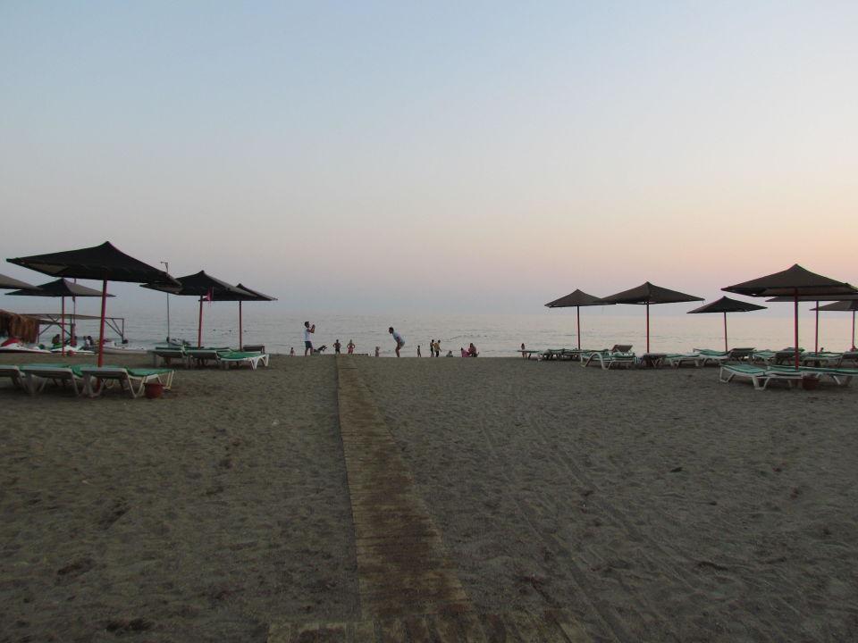 Steiniger Strand MC Arancia Resort