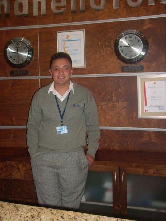 Mehmet von der Rezeption Hane Hotel
