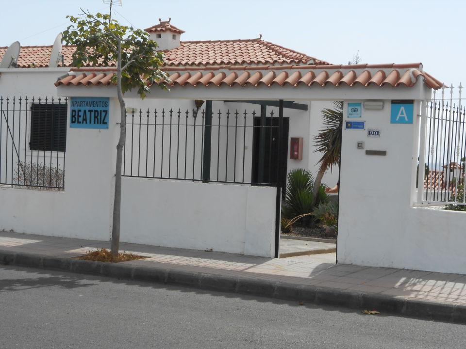 Eingang zur Appartmentanlage Apartments Beatriz
