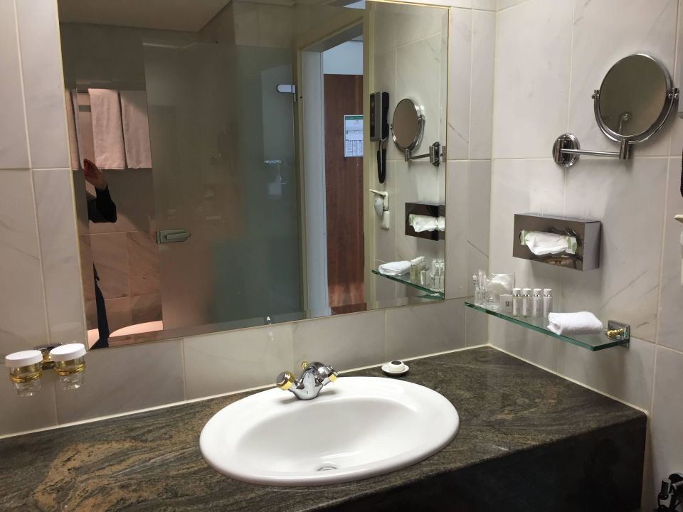 badezimmer hotel palace berlin in berlin charlottenburg