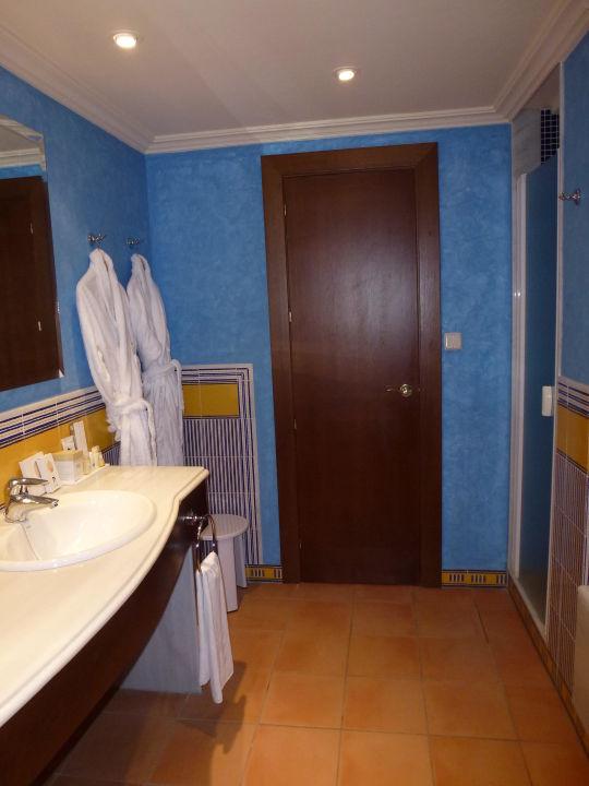Bad in Seniorsuite Nr. 302 Sensimar Isla Cristina Palace & Spa