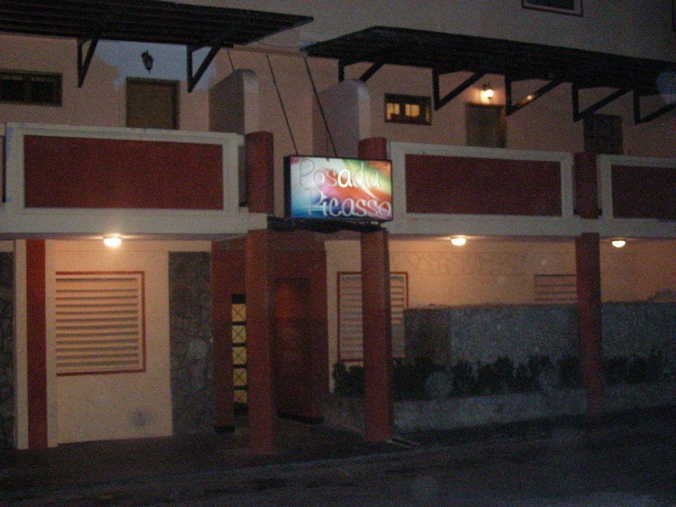 Hoteleingang Posada Picasso