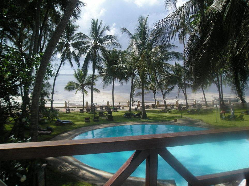 Anblick von der Terrasse des Speisesaal Neptune Beach Resort